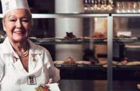 I Køkkenet Med Ida Davidsen Smørrebrødsdronningen