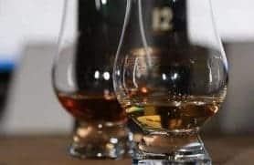 Whiskysmagning Hos Highlanders Bar