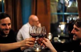Vinsmagning & Jazz Hos Not your USUAL Winebar