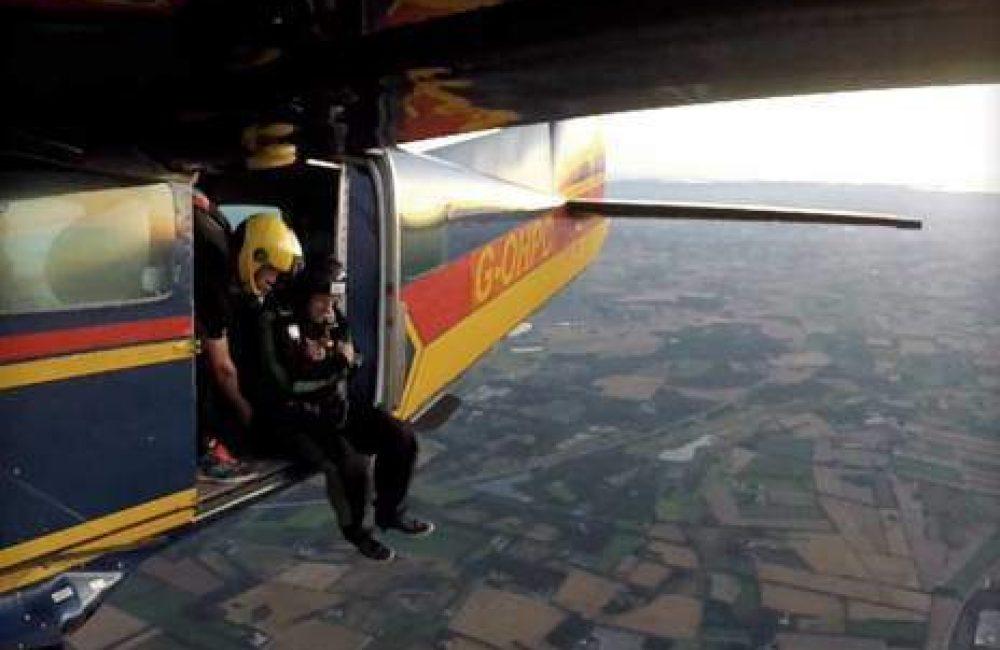 Skydiving - Solospring hos Dropzone Denmark